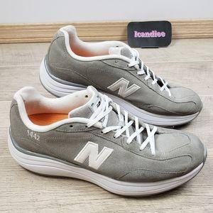 New Balance 1442 Rock and Tone Walking Shoes Sz 10